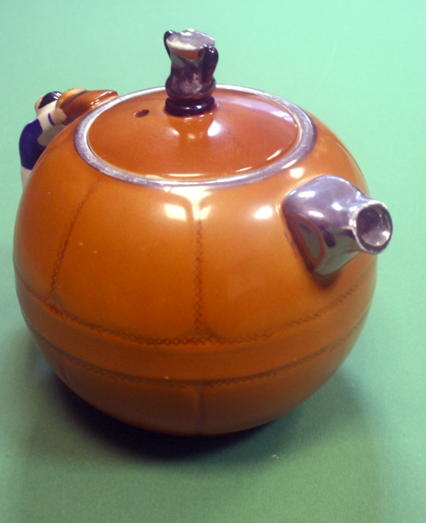 shrewsbury-art-deco-teapot