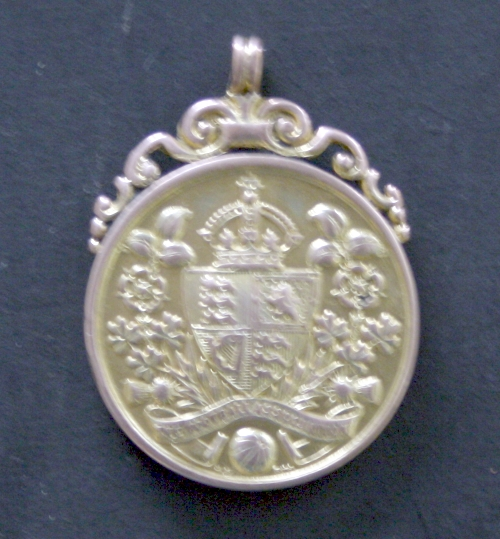 tommy-roberts-1922-fa-cup-final-winners-medal-front