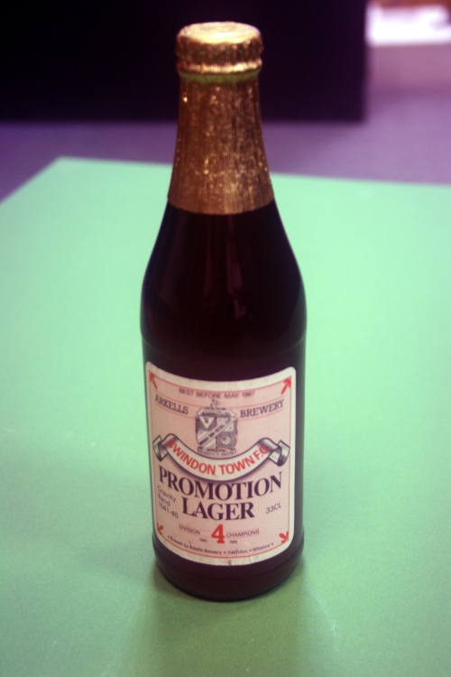 1985/86 Swindon Town Promotion Lager