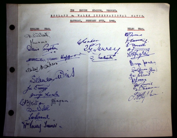 Wembley Distinguished Visitors Book - England v Wales 1943