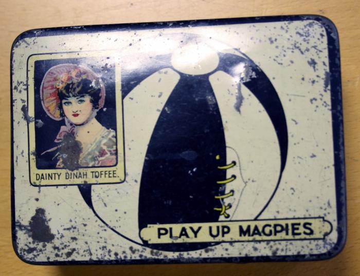 Newcastle United Toffee Tin - Circa 1910