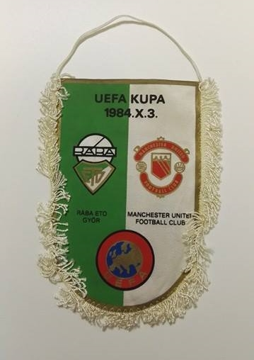 ETO FC Győr vs Manchester United 1984 Handover Pennant