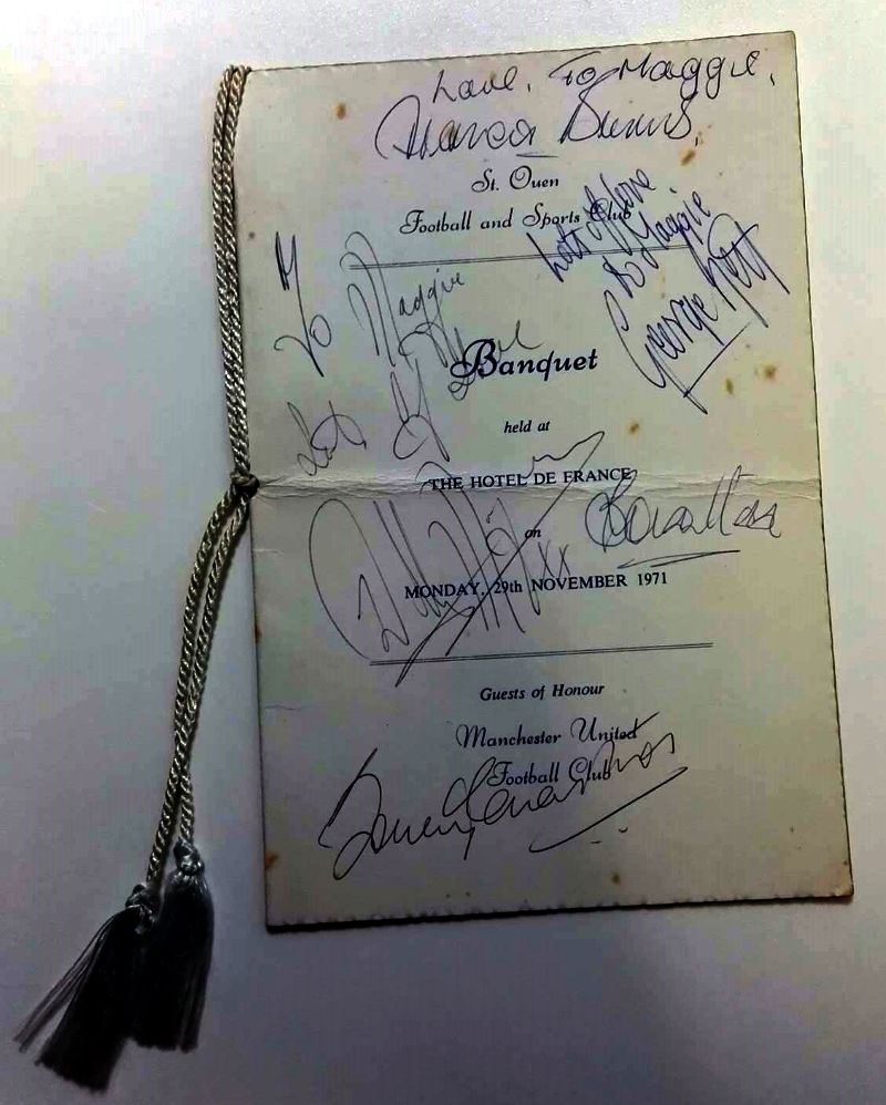 Signed Manchester United Menu 1971