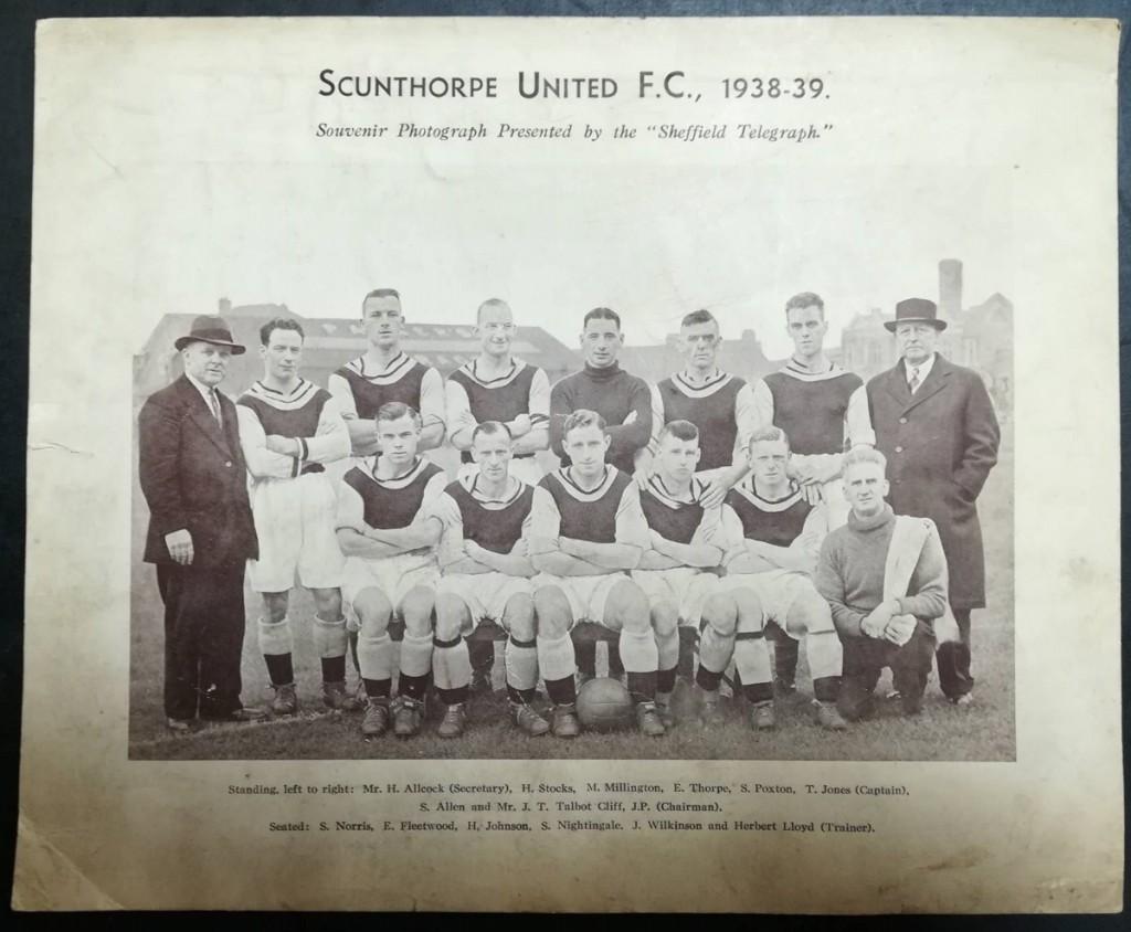 Scunthorpe United Souvenir Photo 1938-39