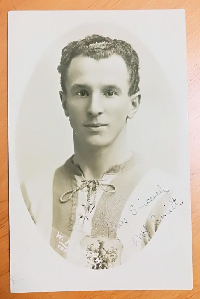 Billy Smith Signed Postcard
