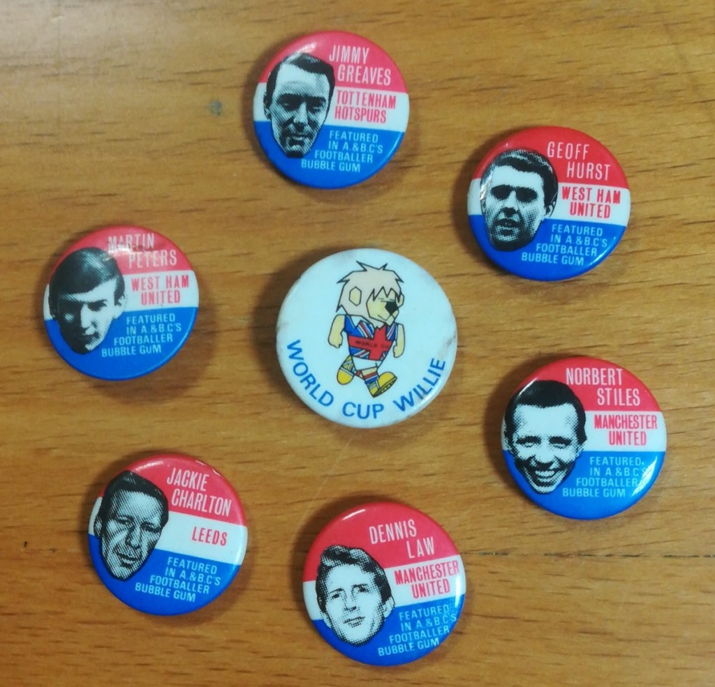 A & BC Bubble Gum Badges