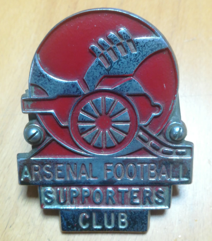 Arsenal metal car badge