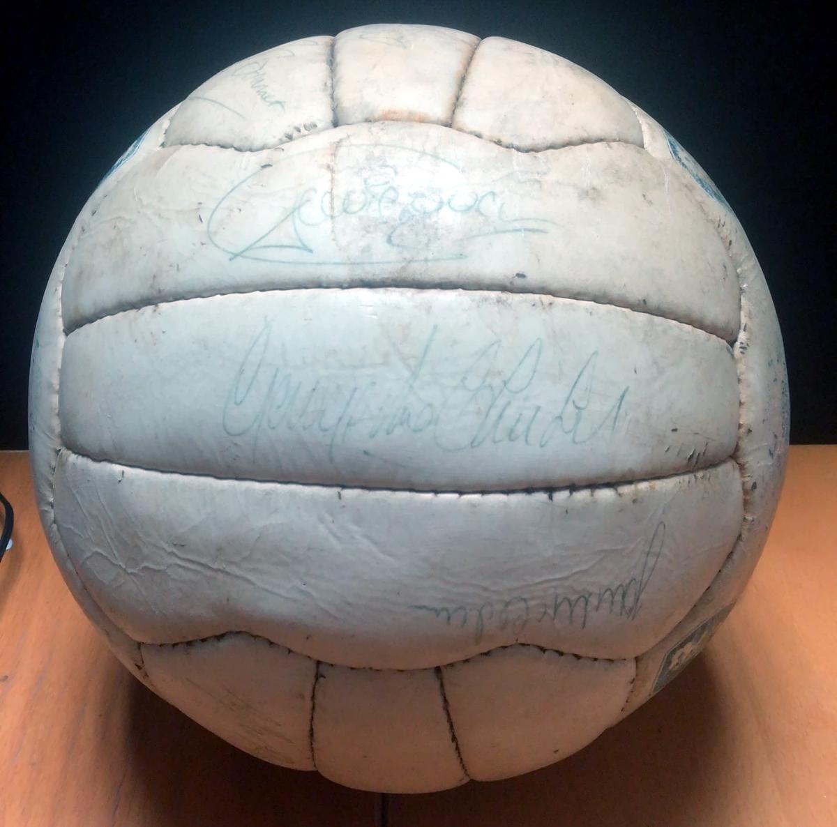 Celtic vs Rangers 1982 Signed Match Ball - 3