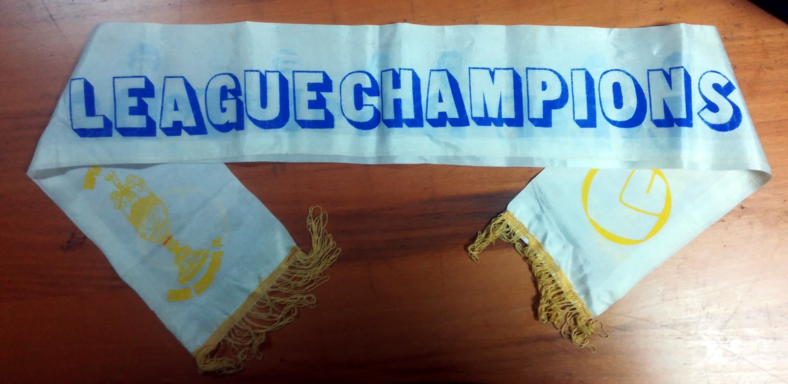 Leeds United - 1974 Champions Scarf - Club Name