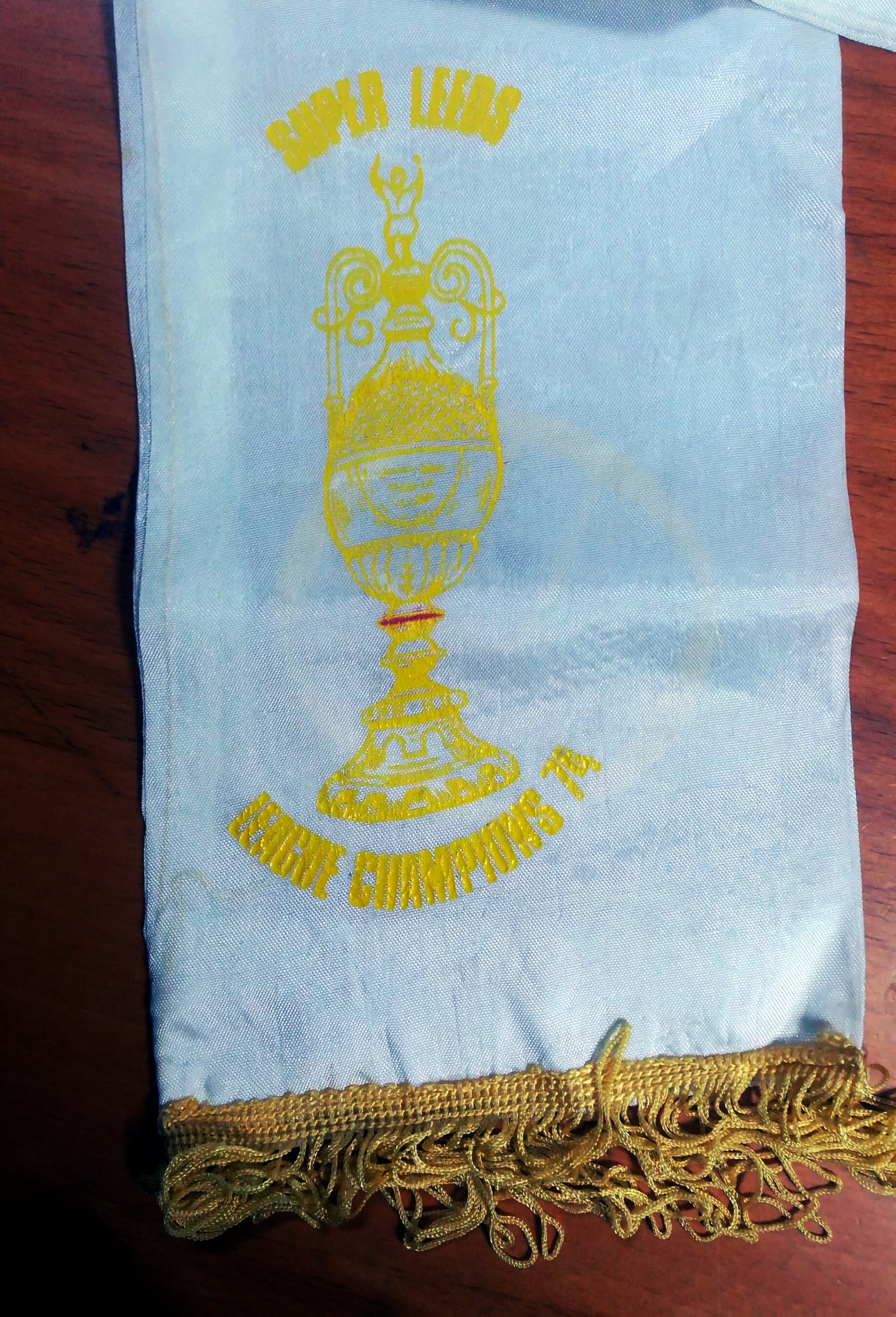Leeds United - 1974 Champions Scarf - Trophy