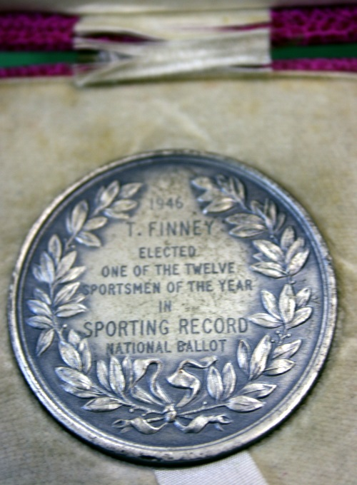 Sir Tom Finney Sportsman Of The Year Medal 1946